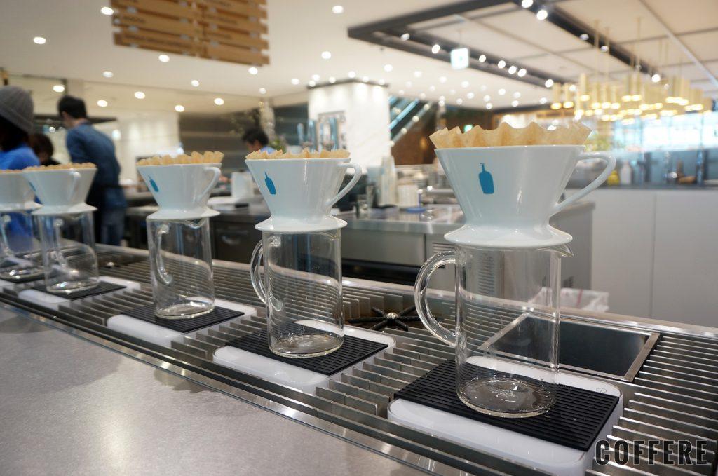 BLUE BOTTLE COFFEE 品川カフェ_ドリッパー