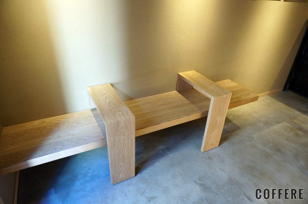 BONGEN COFFEEの店内の椅子