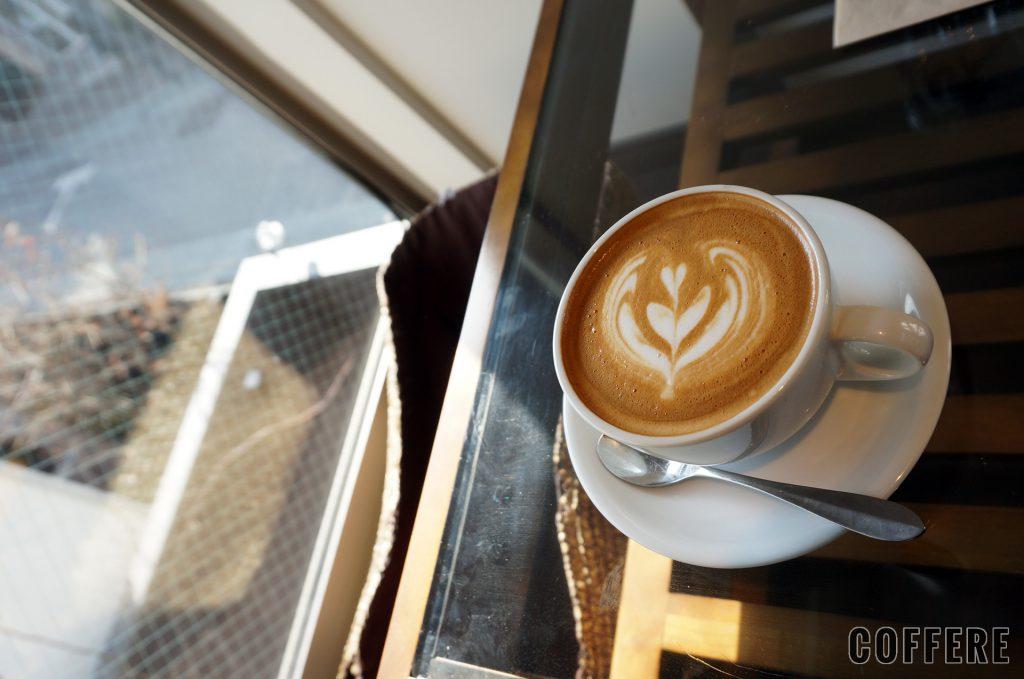 Ryumon coffee standのラテアート