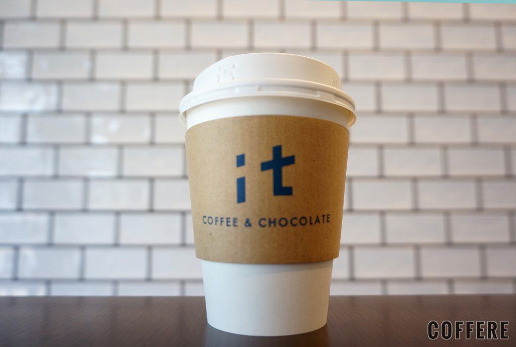 it COFFEEのテイクアウトカップ