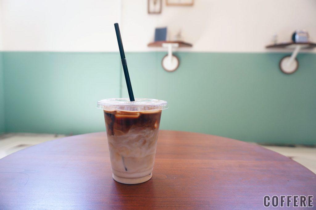 PARLORのアイスカフェラテ