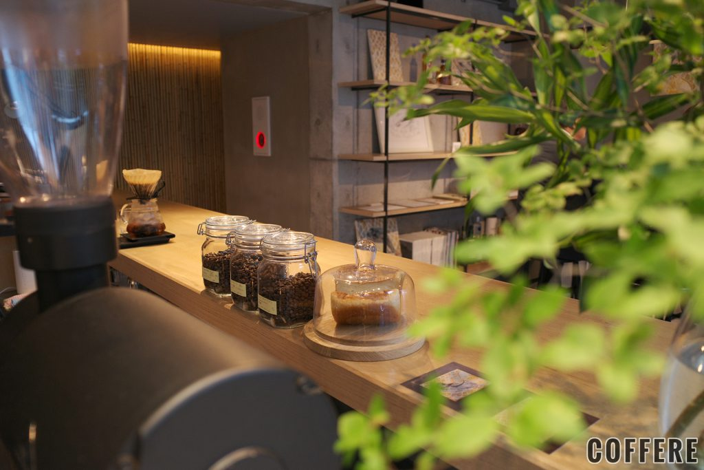 epulorのコーヒー豆とパン