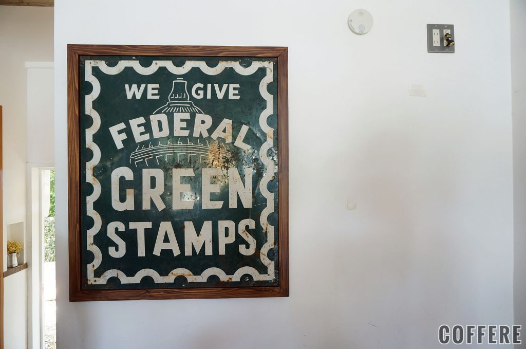 THE GREEN STAMPS CAFEの店内看板
