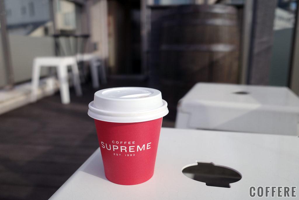 COFFEE SUPREMEのホットドリンクカップ(フラットホワイト)