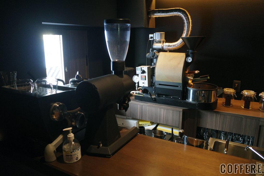 COFFEE葵の焙煎機などの機器